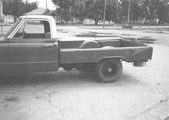 Richard Mcniff Franklin Neb Cut Down The Sides Of Box Off A 1961 Chevrolet 3 4 Ton Pickup And Also Unbolted Bed Mounted It Between