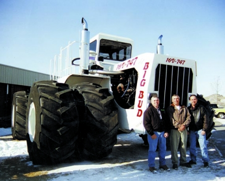 Big Bud 747 >> FARM SHOW Magazine - The BEST stories about Made-It-Myself Shop Inventions, Farming and ...