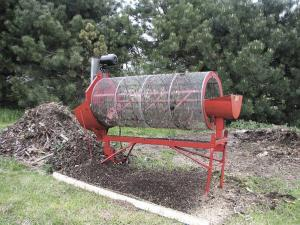 FARM SHOW - Rotary Compost Sifter