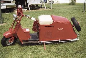 Antique 1948 Cushman Motor Scooter