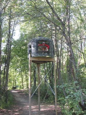 Farm show magazine poly tank deer stand the latest for How to make a deer stand out of wood